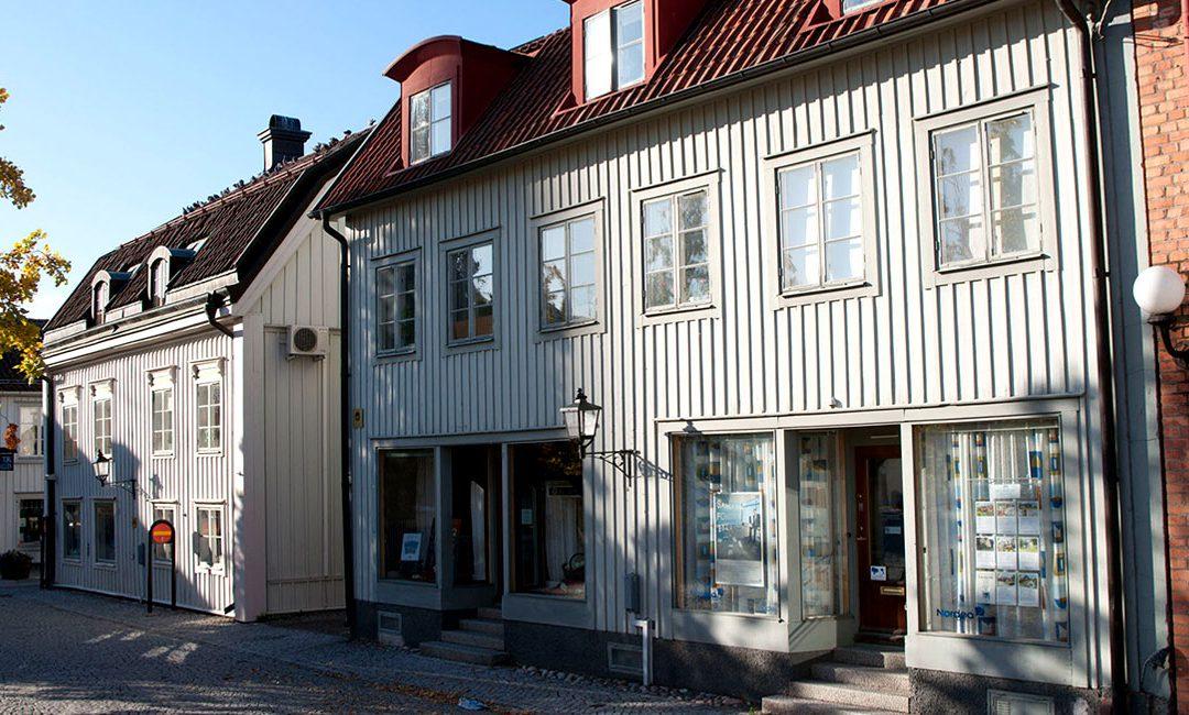 Mälarum fastigheter förvärvar åtta fastigheter i Mariefred