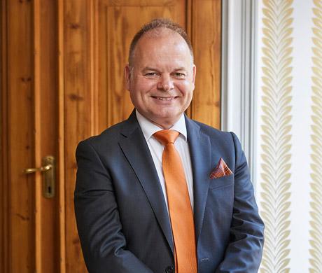 Thomas Blades ny VD och koncernchef för STC Interfinans